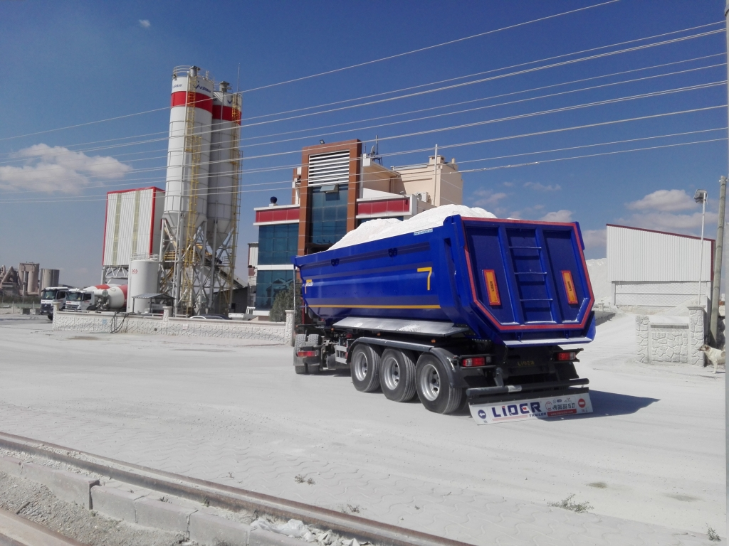 60 Ton Capacity Semi Trailer