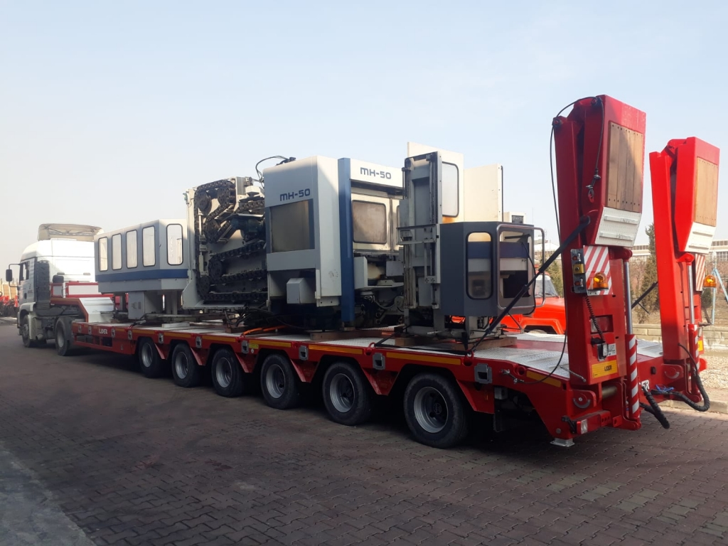 Lowbed  trailers for transportation heavy machinery